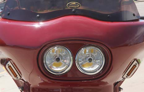 Indian Scout with dual headlight fairing viewed from the front
