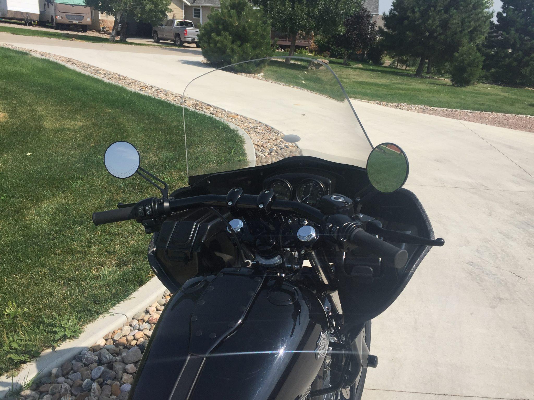 Dyna with single headlight fairing