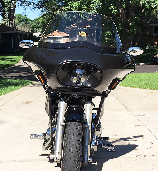 Harley FXR with fairing viewed from the front