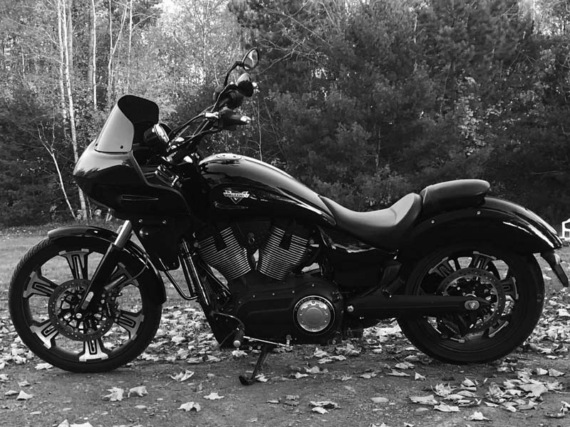 Victory Vegas with Fairing - black and white