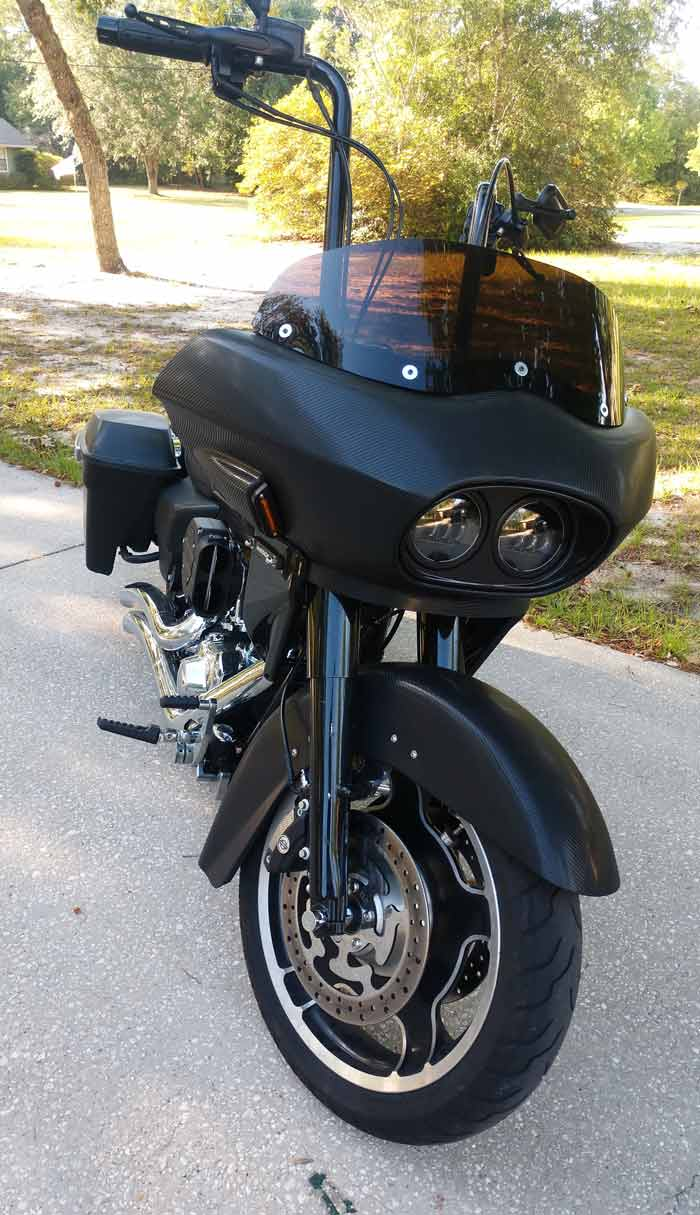 black road king with fairing, front view