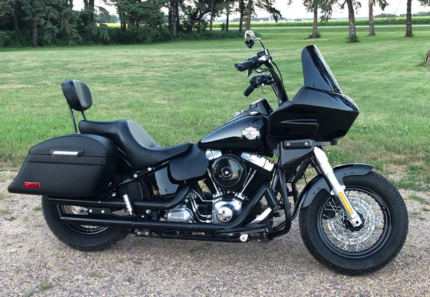Softail Slim with fixed fairing